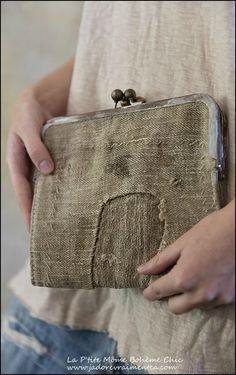 Specialty Bag 006-Plantation clutch Purse Antique linen Kiss locks