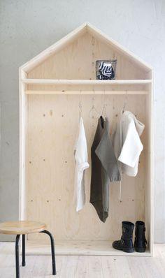 Portant vêtements à faire soi-même