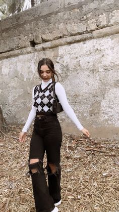 Indie Outfits, Edgy Outfits, Retro Outfits, Cute Casual Outfits, Outfits With Black Jeans, Grunge Outfits, Tomboy Fashion, Look Fashion, Winter Fashion Outfits