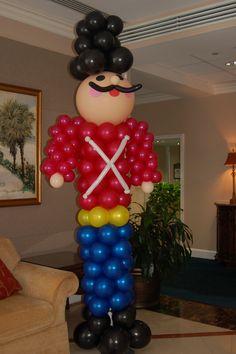10' Balloon Nutcracker     #Balloon #nutcracker #christmas