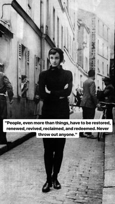 On ugly objectification - Audrey Hepburn Wisdom Quotes, Words Quotes, Wise Words, Life Quotes, Qoutes, Taoism Quotes, Philosophical Quotes, Family Quotes, Favorite Quotes