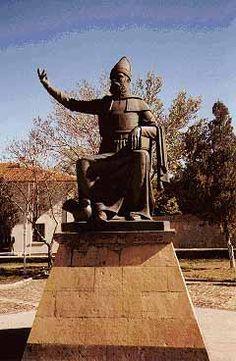 Bronzejpg Statue Of Alexander Zass Intere Pinterest - China unveils colossal 1320 ton god of war statue