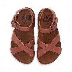 4151dd1e1433d 8 images inspirantes de Chaussures enfants ( fille )