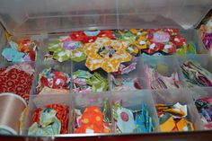 hexagon quilt – The Projects of My Life… Quilting Templates, Quilting Projects, Hand Quilting, Hexagon Quilting, Sewing Room Organization, Organize Fabric, Paper Piecing Patterns, English Paper Piecing, Fabric Organizer