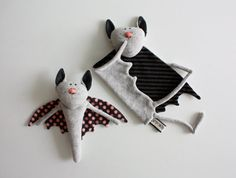 Organic newborn toy set, Stuffed bat toys for baby, baby safe, rattle toy & blankie, handmade bat toy