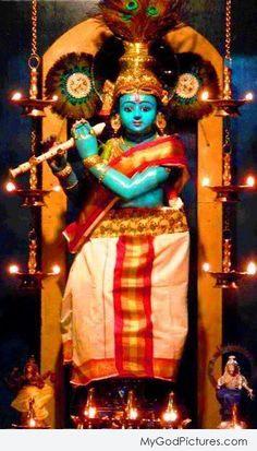 Sri Krishna Jayanthi or Krishna Janmashtami 2020 Rituals assures success in all spheres and eliminates all negative influences. Krishna Temple, Bal Krishna, Krishna Art, Radhe Krishna, Sri Krishna Photos, Krishna Pictures, Krishna Images, Little Krishna, Cute Krishna