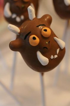 Gruffalo cake pop 3rd Birthday Cakes, 4th Birthday Parties, Daughter Birthday, Girl Birthday, Gruffalo Party, Cake Decorations, Cup Cakes, Yummy Cakes, Cake Pops