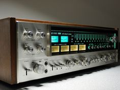 Sansui QRX 9001 Quadro Receiver, via Flickr.  https://www.pinterest.com/0bvuc9ca1gm03at/