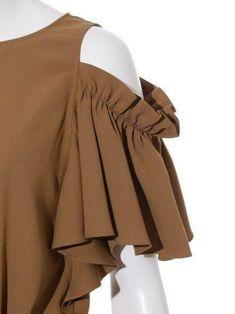 Wall Sleeves Designs For Dresses, Sleeve Designs, Blouse Designs, Fashion Details, Love Fashion, Womens Fashion, Fashion Design, Creation Couture, Mode Hijab