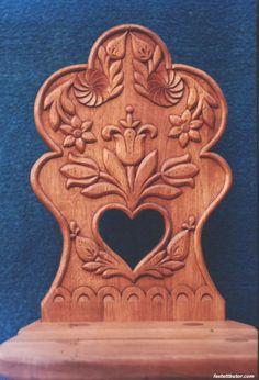 A MAGYAROK TUDÁSA: A népművészet, mint a magyar nép szakrális művészete - a magyar tulipán - a virágok jelentése Unique Furniture, Home Decor Furniture, Vbs Crafts, Diy And Crafts, Medieval Crafts, Chair Design Wooden, Carving Designs, Ancient Symbols, Headboard And Footboard
