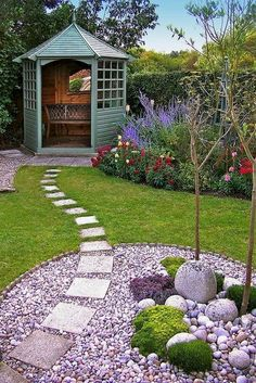 07 Fresh and Beautiful Backyard Landscaping Ideas on a Budget  #LandscapingIdeas