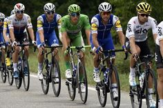 Marcel Kittel and his Quick-Step team slotted in behind Sky