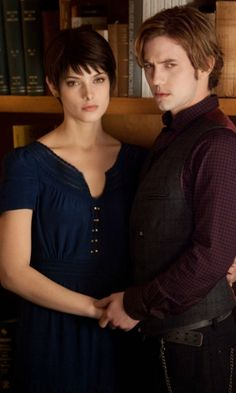 Twilight: Breaking Dawn – Part 2 - Alice Cullen & Jasper Hale (Ashley Greene and Jackson Rathbone)