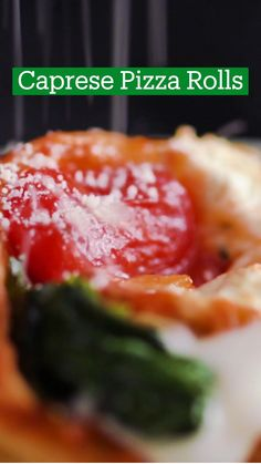 Caprese Pizza, Appetizer Recipes, Fancy Appetizers, Good Food, Yummy Food, Pizza Rolls, Cooking Recipes, Pizza Recipes, Diy Food