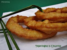 Tejeringos o Churros Onion Rings, Menu, Ethnic Recipes, Food, Donut Hole Recipe, Easy Food Recipes, Breakfast, Cookies, Thermomix