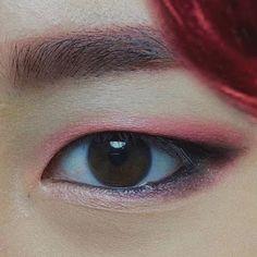 BTS Jimin that may help me draw his eyes Bts Makeup, Makeup Inspo, Makeup Inspiration, Beauty Makeup, Korean Eye Makeup, Asian Makeup, Bts Eyes, Eye Close Up, Without Makeup