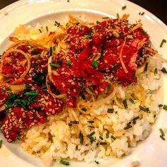 Beef pokè! Non avevo mai mangiato la carne cruda!��che buona che è! #beefpoke #beef #rise #zafferano #onion #carnecruda #hawaiifood #instafood #instadinner #eat #familydiner. Fantastica cena �� presso @eruditoburgerbar http://w3food.com/ipost/1524166870389878150/?code=BUm7bF4Ae2G