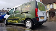 DxSigns - Creative Signage & High Quality Printing Company in UK Van Signs, Car Brands, Car Wrap, Vinyl Decals, Signage, Life Is Good, Branding, Graphics, Vehicles
