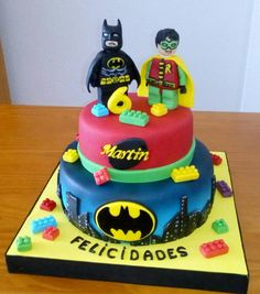 Tarta Batman y Robin Lego Lego Batman Party, Fiesta Batman Lego, Lego Batman Birthday Cake, Lego Batman Cakes, Lego Birthday Party, Lego Cake, Superhero Cake, 5th Birthday, Batman Robin