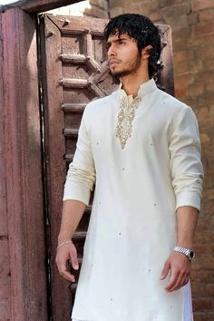 Kurta is an Indian attire that shows off a man's body and his personality. It's ethnic style and comfort makes India rich in culture. The wealth and richness of a country is seen through the Indian ethnic wear. For designer kurta ->> http://www.saridhoti.com