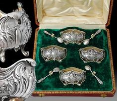 Beautiful antique late 19th century French Belle Epoque era sterling silver vermeil set of open salt cellars with their original glass inserts and