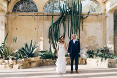 A stunning and luxurious greenery springtime wedding in the surrounds of Syon Park in London between Jaclyn and George. Syon park wedding photography.