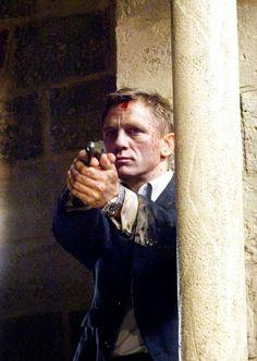 Daniel Craig is 007 on steroids . James Bond Actors, James Bond Movies, Daniel Graig, Daniel Craig James Bond, Best Bond, Time In The World, Film Base, Actresses, Instagram Posts
