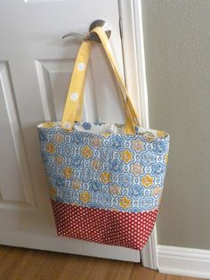 Quilted Tote Bag Tutorial Quilted Tote Bags 70428a599b172
