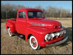 1952 Ford F1 Pickup  215/100 HP, 3-Speed