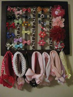 Bow and headband holder ~  Porta laço e faixa de cabelo by barbra