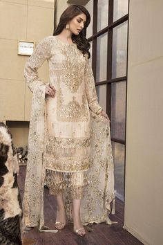 Best 12 Crinkle Luxury Chiffon Collection By Motifs Embroidered 2141 Pakistani Party Wear Dresses, Pakistani Wedding Dresses, Pakistani Dress Design, Pakistani Outfits, Indian Dresses, Shadi Dresses, Pakistani Clothing, Pakistani Dresses Online, Bridal Sarees