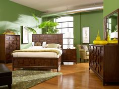 Campton Queen Bedroom with Footboard