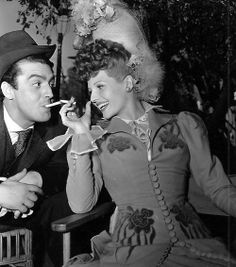 Rita Hayworth on the set of My Gal Sal, 1942 - with Victor Mature Old Hollywood Glamour, Golden Age Of Hollywood, Hollywood Stars, Classic Hollywood, Classic Actresses, Classic Films, Drag Clothing, Spanish Woman, Vintage Couples
