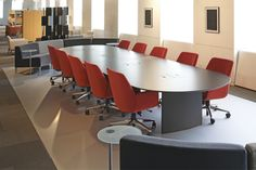 Host Table with Bindu Chair. Circa supports additional seating for larger groups.