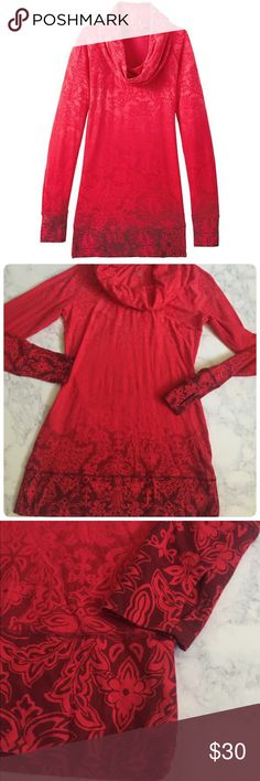 Athleta Nadi Tunic Like new condition. No Rips. No Stains. No Pilling. Athleta Tops