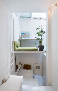 here are our favorite Minimalist Apartment Design. Find ideas and inspiration for Minimalist Apartment Design to add to your own home. Micro Apartment, Madrid Apartment, Tiny Apartments, Tiny Spaces, Small Rooms, Apartment Design, Studio Apartment, Apartment Living, Small Space Living