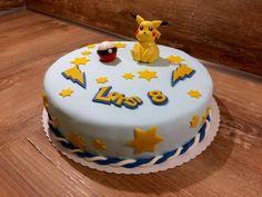 Für alle Pokemon Fans ist das genau die richtige Torte. Diese coole Torte hat Diane gebacken. Für das besondere Etwas hat Sie Sterne in verschiedenen Größen verwendet. Die passenden Ausstecher finden Ihr hier! #tolletorten #ausstecher #pokemon #torte #stern #geburtstagstorte   http://www.tolletorten.com/Ausstecher/Gebaeck/Ausstechset-Stern::754.html