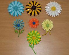 7 VINTAGE ENAMEL FLOWER BROOCH LOT METAL COLORFUL 1960'S 70'S RETRO PINS DAISIES #VARIOUS