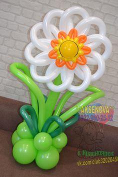 Balloon Crafts, Balloon Ideas, Balloon Decorations, Flower Decorations, Balloon Pillars, Sculpture Ballon, Balloon Modelling, Balloon Flowers, Spring Theme