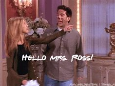 20 Wedding Lessons We Learned From 'Friends': It's rarely ever a good idea to get married while drunk in Vegas. Friends Best Moments, Friends Show, Funniest Moments, Photomontage, Married In Vegas, Jenifer Aniston, Friends Season, Friend Memes, Great Tv Shows