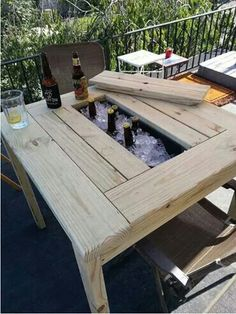 Pallet Projects Patio Table by TheAtticWoodshop on Etsy - Pallet Projects, Home Projects, Outdoor Projects, Pallet Furniture, Furniture Projects, Furniture Plans, Sweet Home, New Homes, Backyard