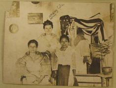 Thomasite Mary Cole with Filipina friends, circa The Spanish American War, Asian American, William Mckinley, The Proclamation, Philippines Culture, Student Teacher, Freemasonry, Vintage Love, Filipino
