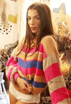 34193 trico polar listrado mundo lolita 01 Pullover, Blues, Sweaters, Instagram, Fashion, Long Blouse, Knitting Sweaters, World, Stuff Stuff