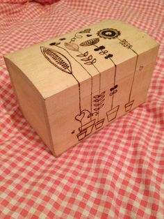 wood burned box - shows lots of basic burn technique - design would be good for practice - even on flat piece of wood!