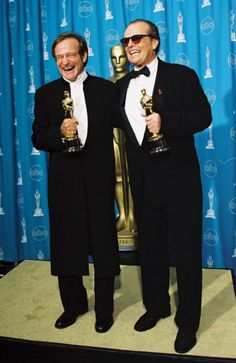 """'Oh my god, Jack Nicholson. He once was with me at a benefit and leaned over and said in a very intense voice: """"Even oysters have enemies."""" I responded with """"increase your dosage""""' Robin Williams with Jack Nicholson at the 1998 Oscars."""