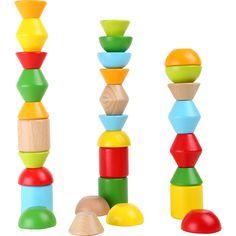 Micuțul tău va construi și se va distra în același timp! Cărămizile de diferite forme și viu colorate pot fi combinate pentru a construi cifre sau structuri diferite. Cine poate construi cel mai înalt turn?  #woodentoys #jucariieducative #kidsplay #jucariidinlemn #woodencubes #jucariionline #creative