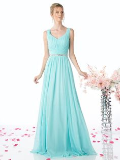d2913983b7e0 Sleeveless Pleated Evening Dress with Belt by Cinderella Divine W0014.  Abiti Damigella D onore Verde ...