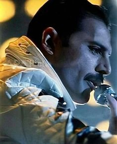 Perfect Music, Queen Pictures, Somebody To Love, Queen Freddie Mercury, The Greatest Showman, Queen Band, Love Me Like, John Deacon, Killer Queen