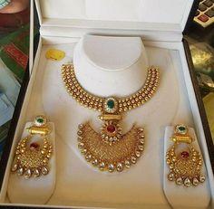 Ball haram with chandbali pendant Gold Bangles Design, Gold Earrings Designs, Gold Jewellery Design, Necklace Designs, Gold Designs, Diamond Jewellery, Real Gold Jewelry, Gold Jewelry Simple, Trendy Jewelry