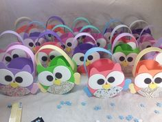 golosineros souvenirs buhos goma eva y telas Ideas Para Fiestas, Projects To Try, Baby Shower, Diy Crafts, Party, Gifts, Frozen, Owls, Hand Crafts